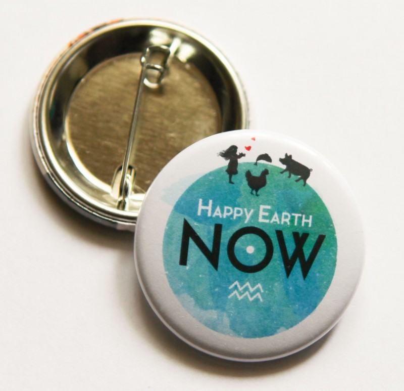 """Badge Happy Earth NOW - """"Planète"""""""
